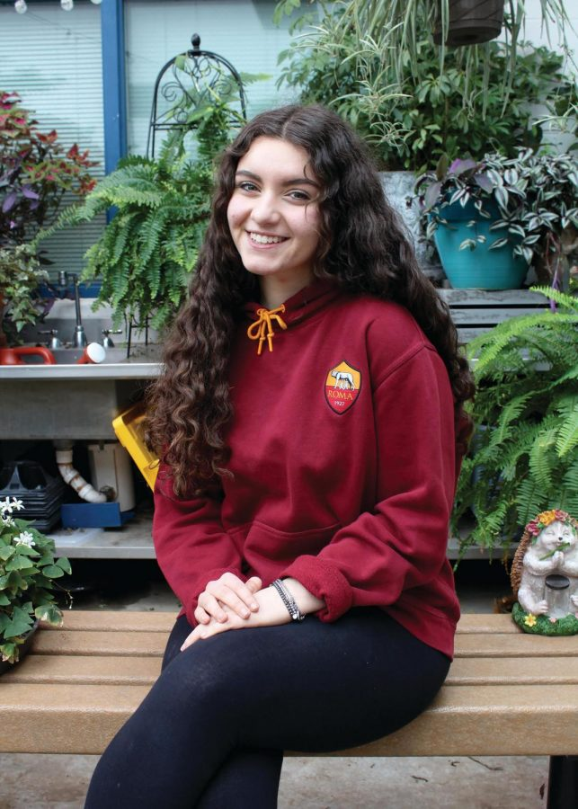 Senior Elisabetta Ripa is a foreign exchange student from Rimini, Italy. Ripa has noticed many differences between Italy and the United States, and has enjoyed living the life of an American teenager for a year. Photo by Alyssa Griffith.